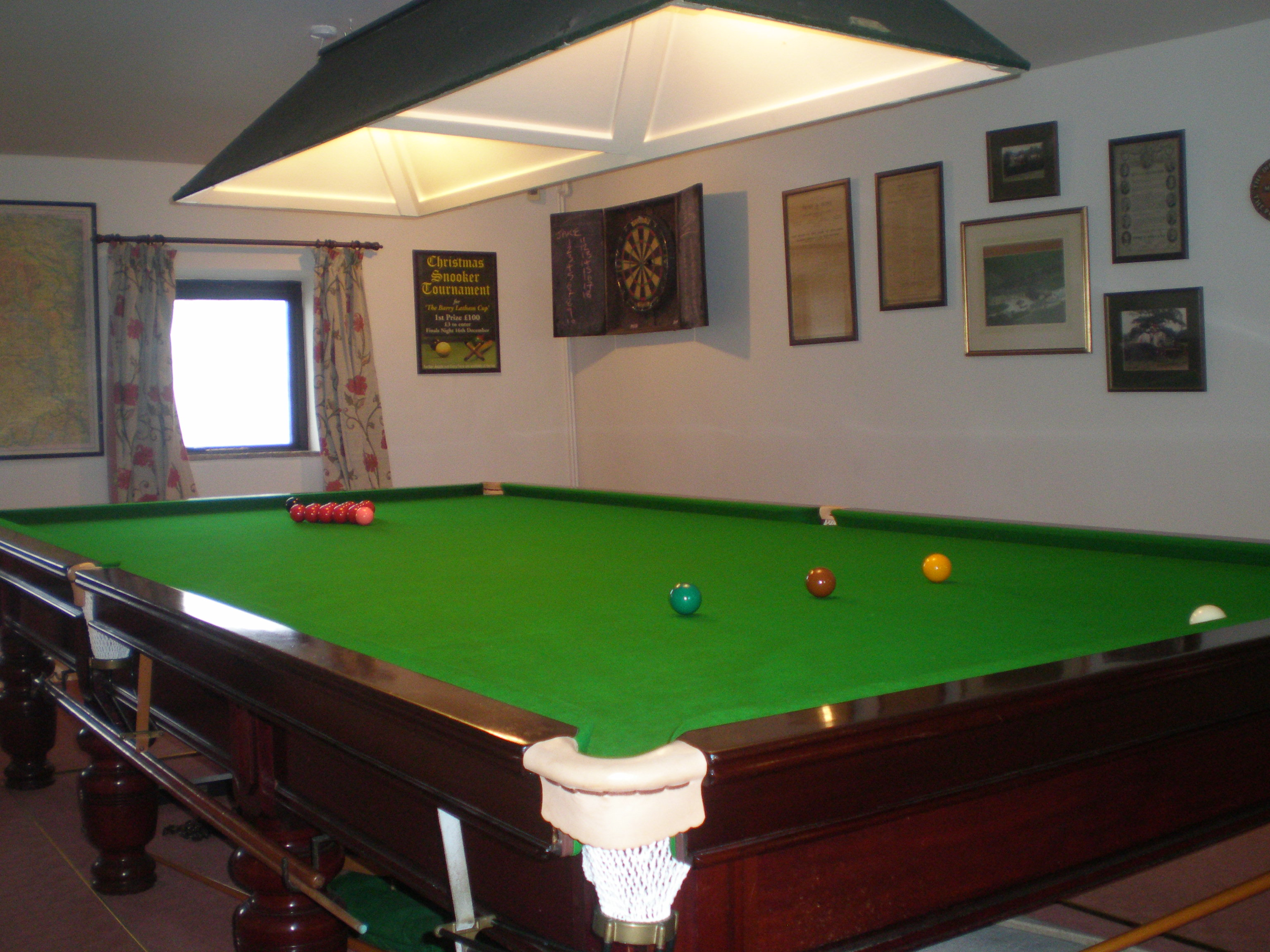 Indoor heated swimming pool billiards snooker table for Pool table house